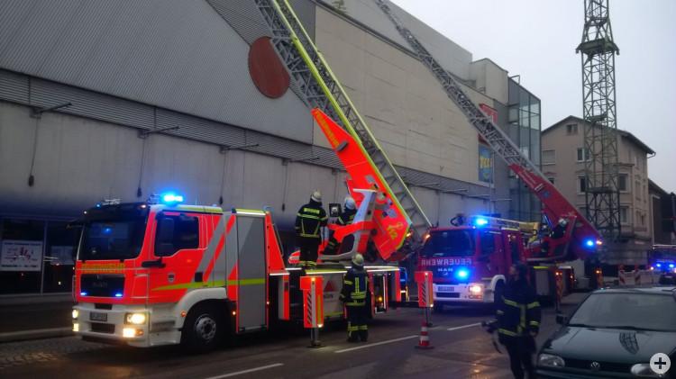 Drehleitern der Feuerwehr Eislingen und Göppingen